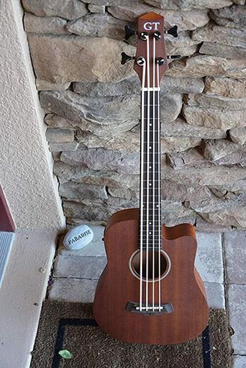 Best Short Scale Bass Guitar 9
