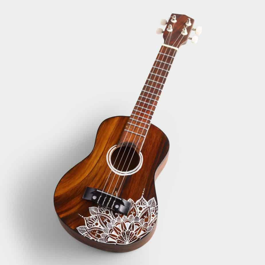 What are the 4 types of ukulele