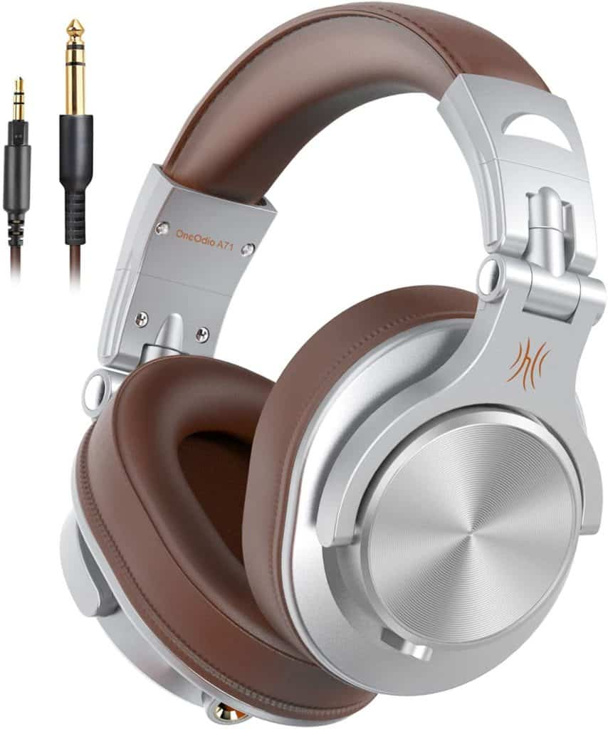 One Odio A71 Wired over the ear headphones