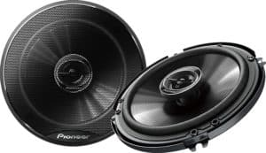 10 Best Car Speakers for Bass - A Stereophonic and Grooving Voyage 7