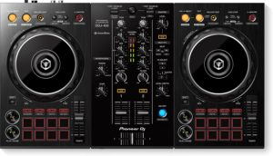 10 Best DJ Controllers 1