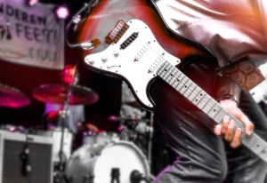 how to play blackbird on guitar